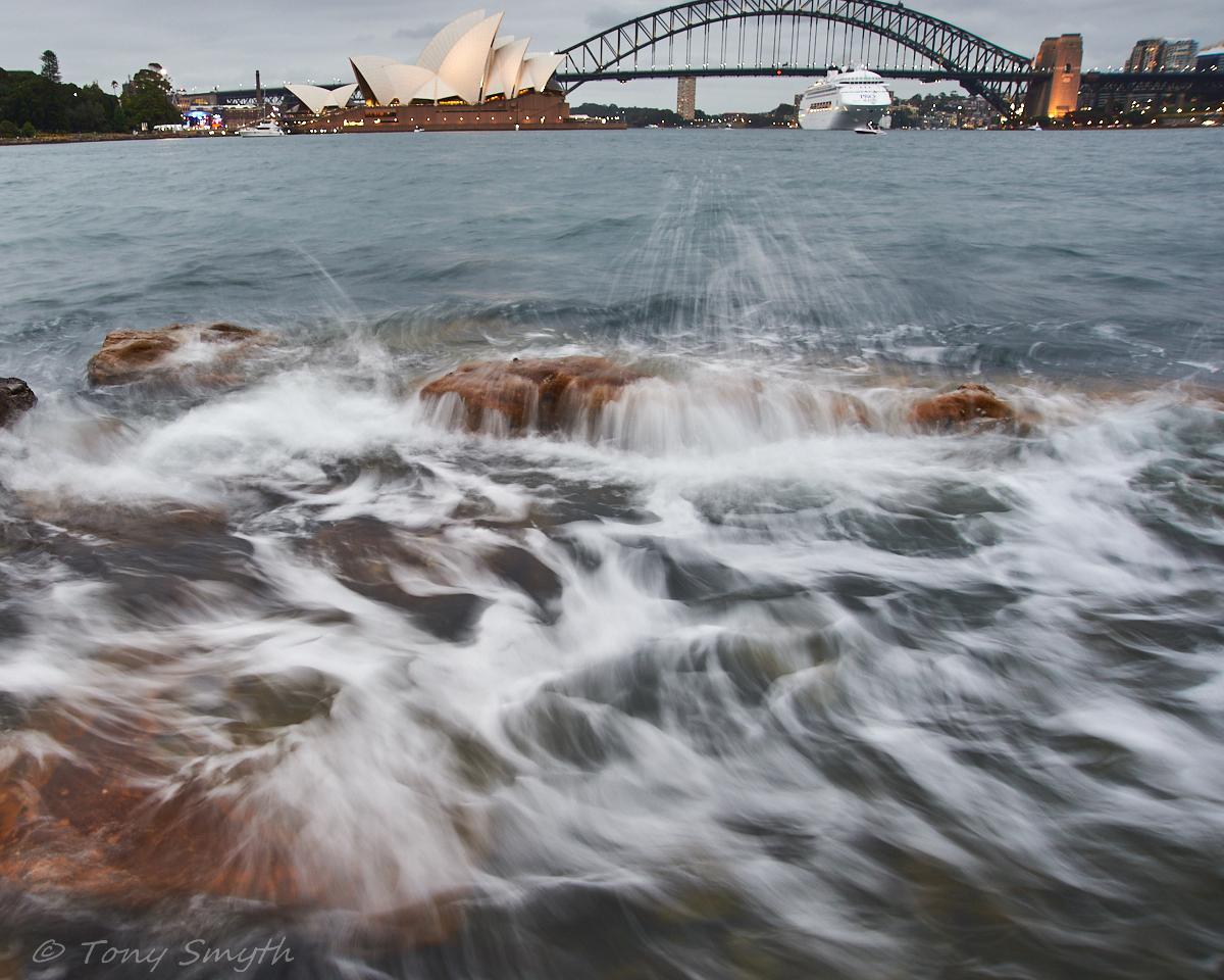 IMAGE: http://smythie.id.au/images/D4/AusDay2017/_ATS106479_1200p.jpg